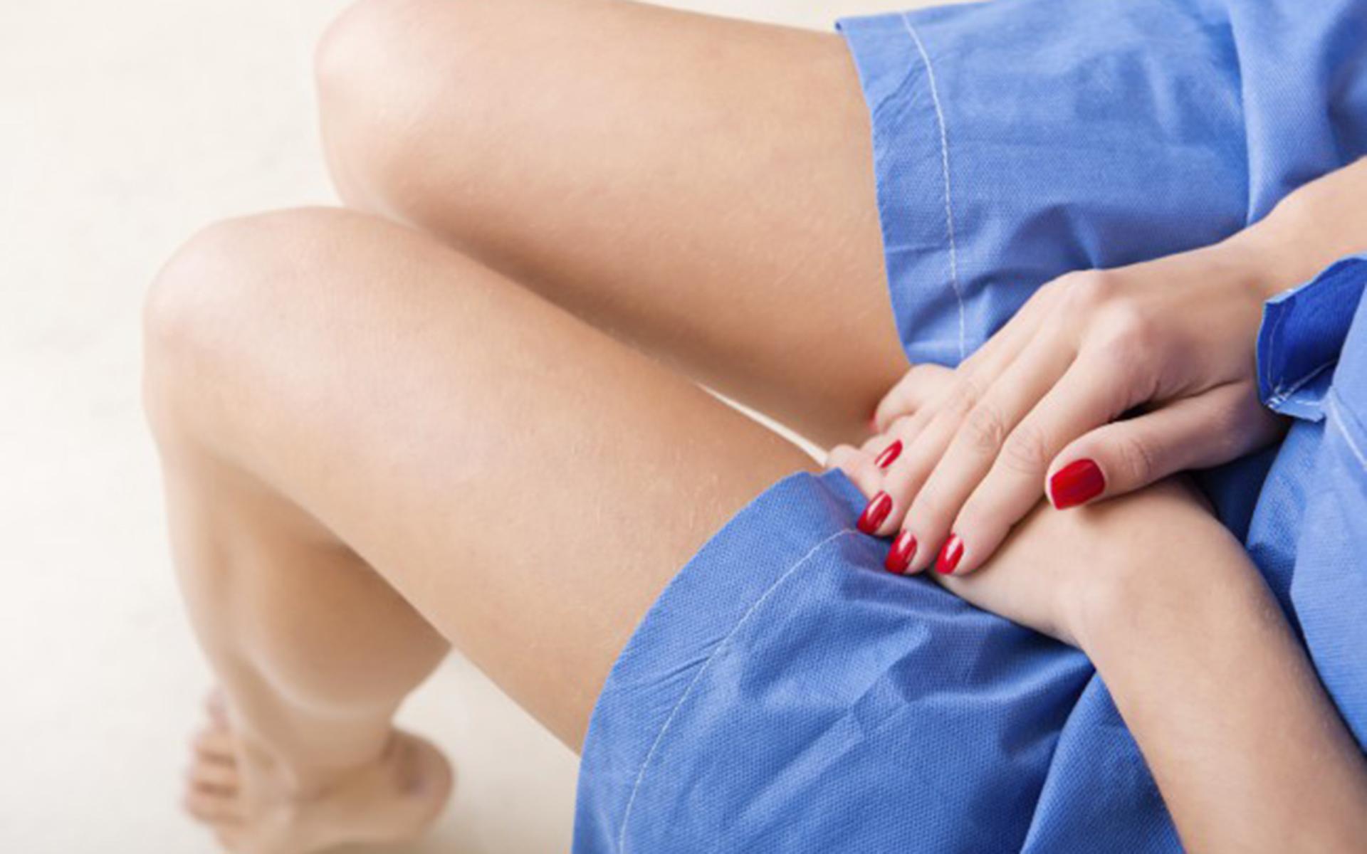îndepărtarea verucilor genitale de către un proctolog)