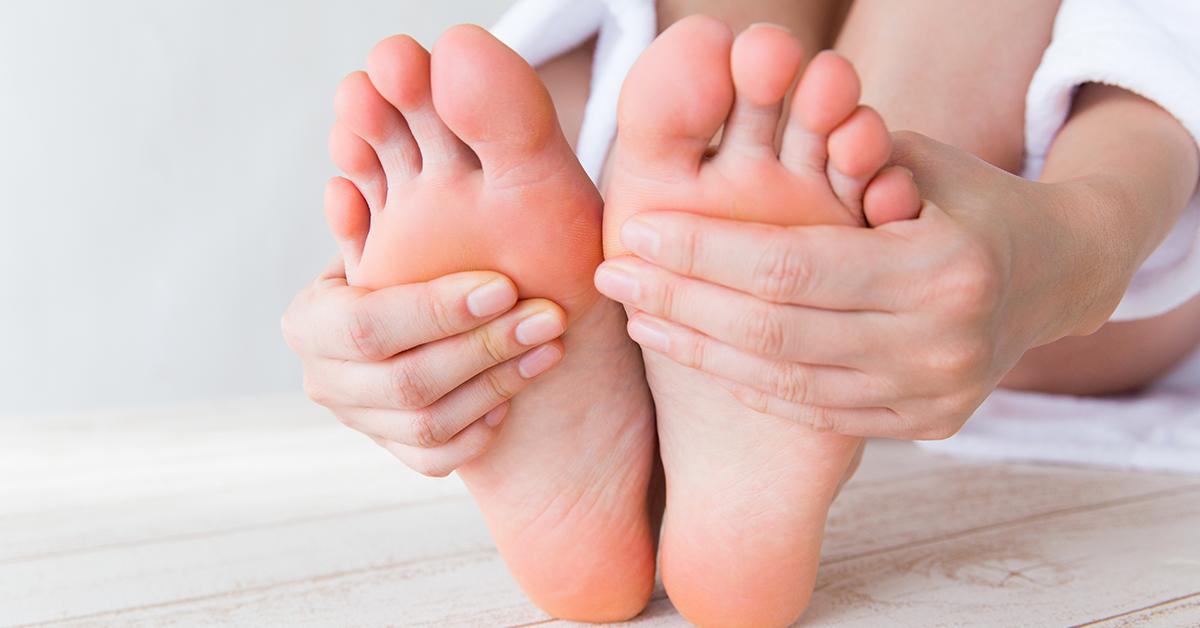 ulcere între cauza degetelor de la picioare)