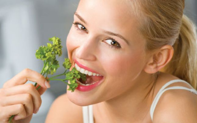 motive a mirosului urât cavității orale