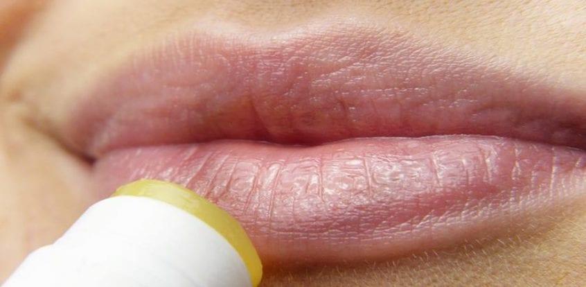 cancer malign la buza)