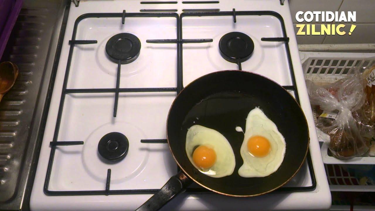 Mic dejun cu oua ochiuri perfect aromate
